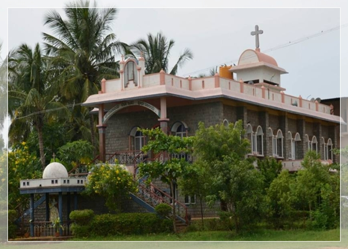 Infant Jesus Church, Hoovina Hadagalli